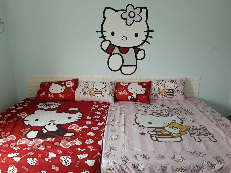 Family bed for upto 4 pax