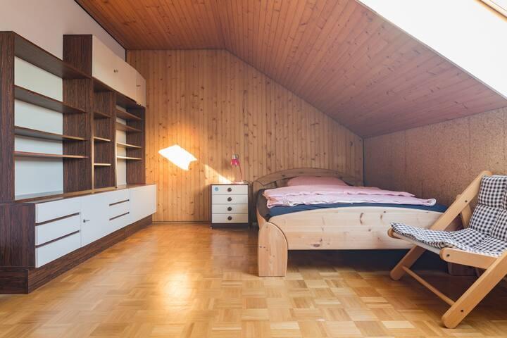 15qm Zimmer in WG