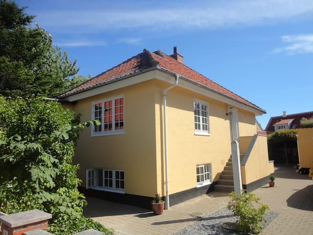 Skagen villa - midt i centrum - Skagen - House