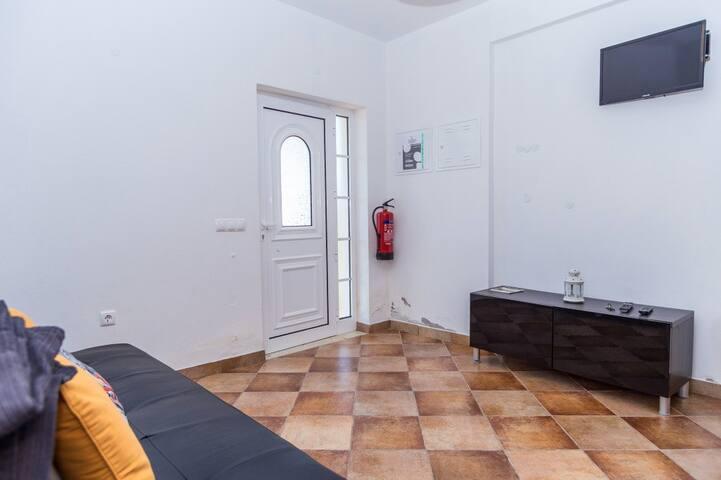 Dire Red Apartment, Odeceixe, Algarve