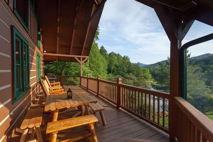Water`s Edge | Blue Ridge, GA