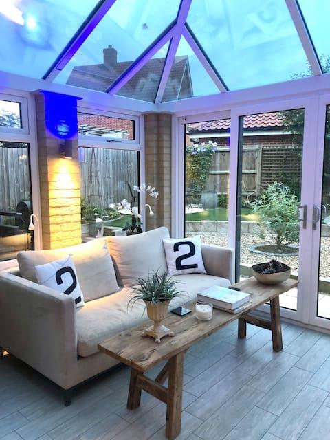 Skylark luxury 3 bedroom Mews in Holt  Norfolk