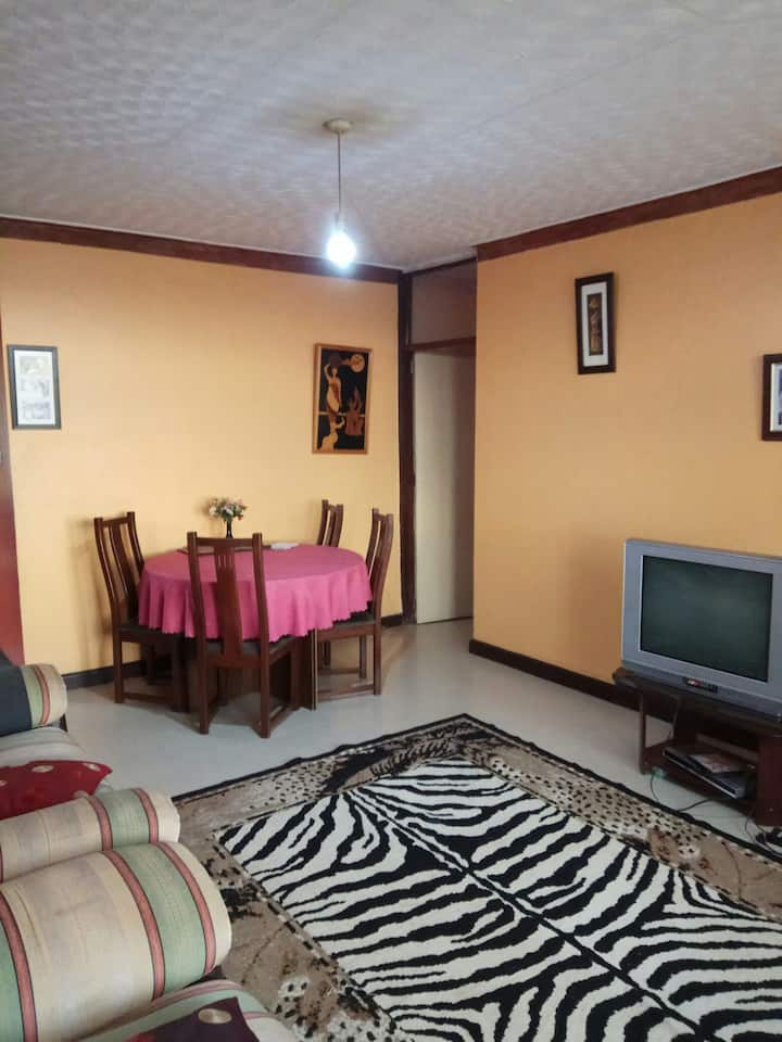 Cozy & Spacious room with green scenery- Bugolobi