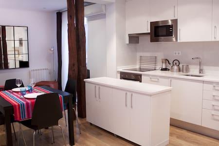Fantástico y espacioso apartamento en el centro.