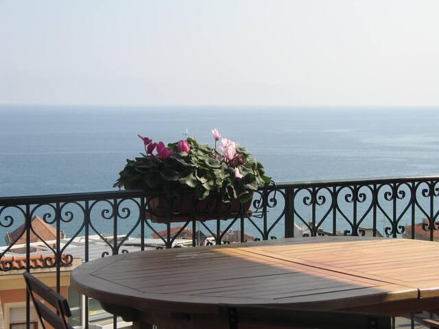 Terrazza vista Mozzafiato - Finale Ligure - Apartment