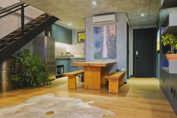 Duplex Home office. Localização Perfeita