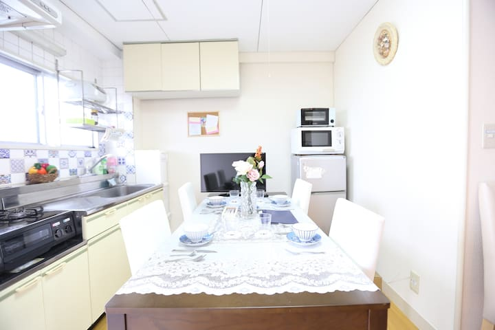 53-Retro spacious 2BR  apartmentーIkebukuro area