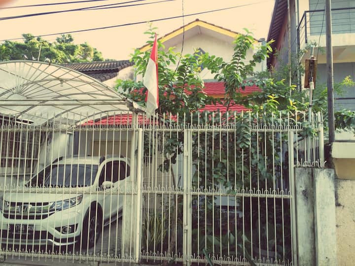 Private Double Room for FEMALES Bandung Near ITB!