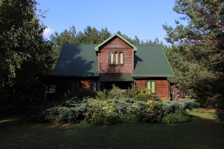 Chata u Żochów - kurpiowski dom wypoczynkowy