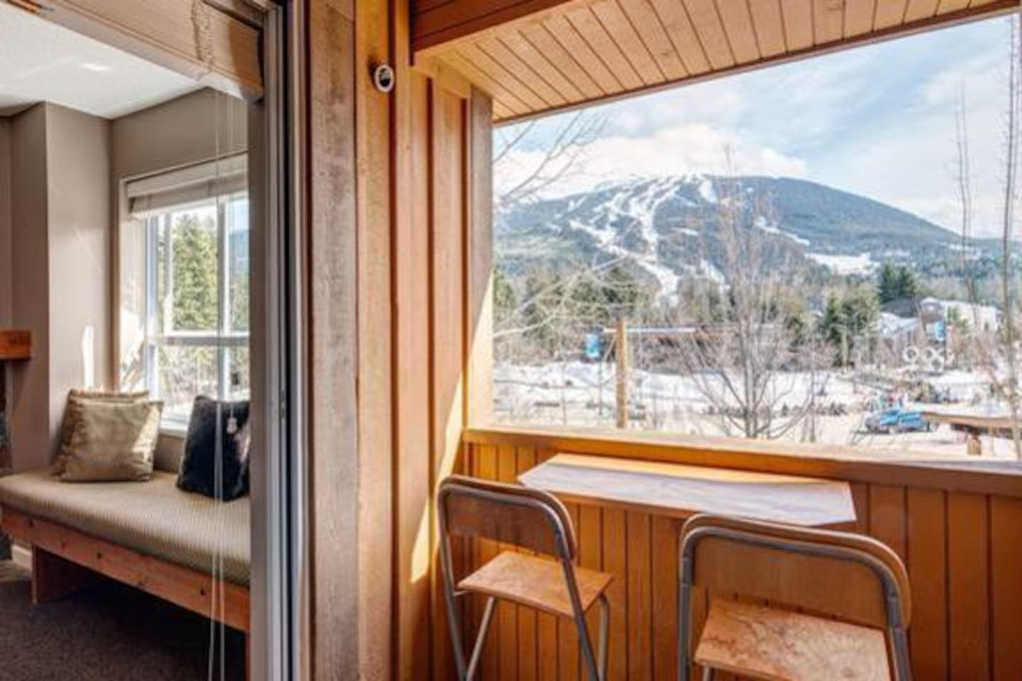 Balcony and Living with a view of both Whistler and Blackcomb Mountains