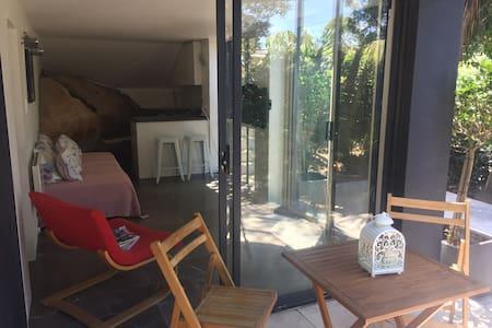 Tamarama studio apartment - Bronte - Apartament
