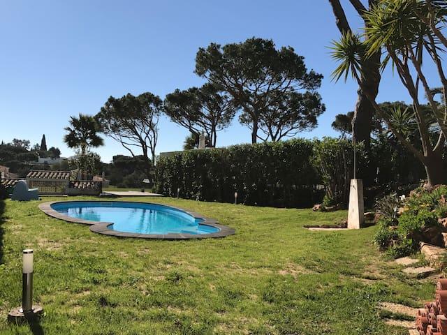 Villa with pool in Vilamoura