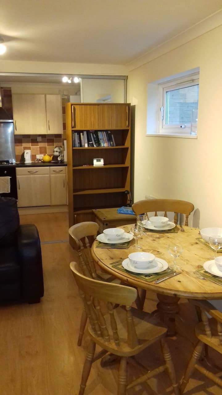 Centrally Located Ground Floor One Bed Flat