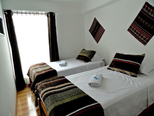 Double Room 2 beds w/shared bathroom!