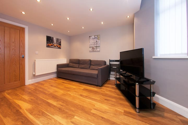New  1 bed Apartment Cardiff Bay - Cardiff - Pis