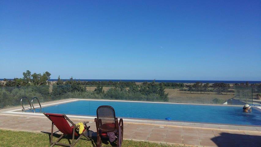 villa avec piscine en pleine nature - Kélibia - Dom