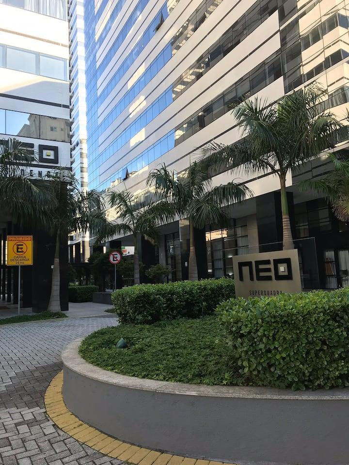 Neo Stúdio no centro centro cívico em Cond. Clube
