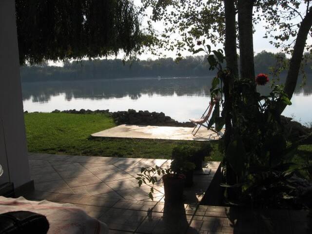 Charmigt Vila Gera - Apatin - Cabaña en la naturaleza