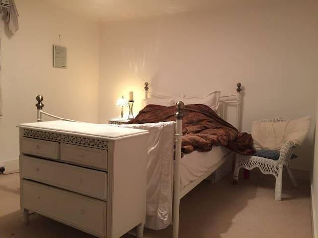 single bedroom Abingdon