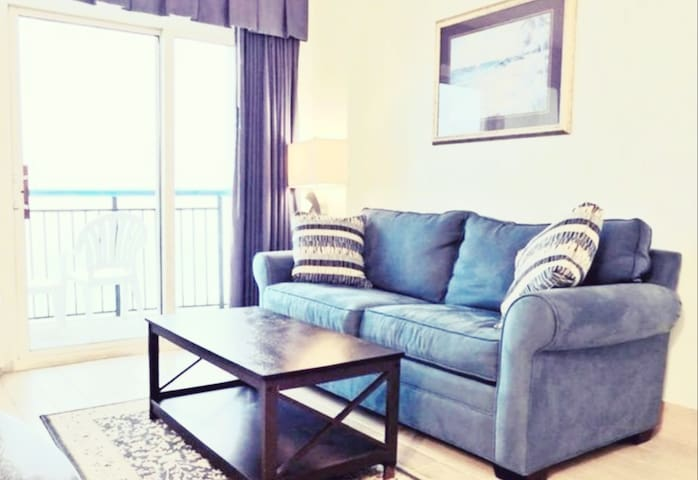 BEAUTIFUL OASIS & VIEWS-NEW TOUCHES UPDATED WKLY