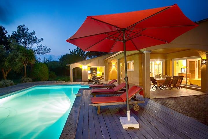 Villa avec piscine sur le golf d'Arcachon