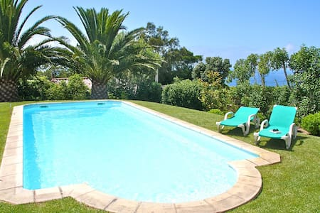 QUINTA WITH STUNNING SEA VIEW - Colares - 別墅