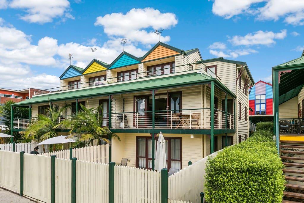Lorne Apartment Main Street Apartments For Rent In Lorne Victoria Australia