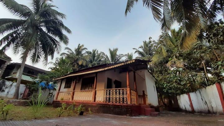 Mandrem House - 2BHK Private villa