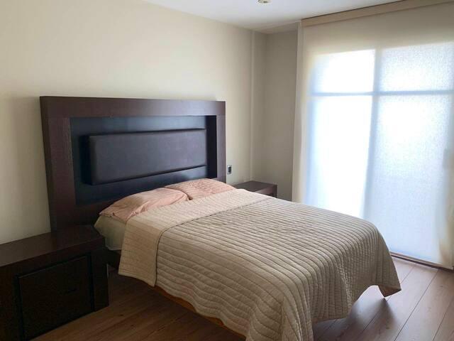 Private room with bath close to Tec de Monterrey