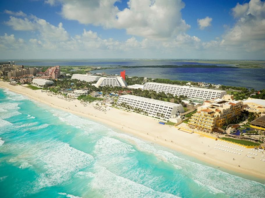 Air view of OASIS CANCUN RESORT