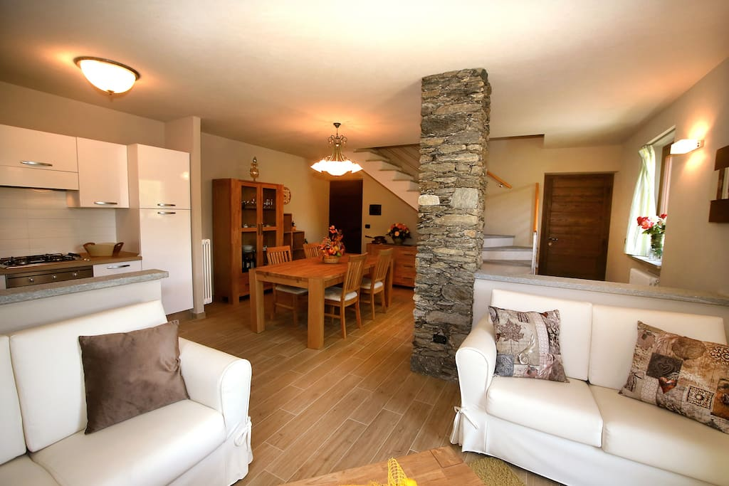 Chalets Mongioie, vacanze incantevoli. - Cabins for Rent in Pra ...