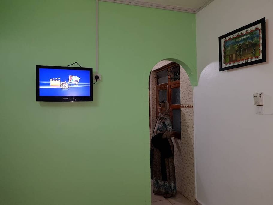 Tv room with reception