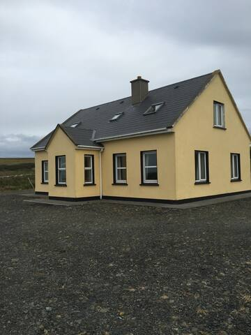 3 bedroom house by Cliffs of Moher