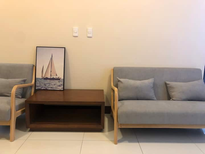 #01 New and modern apartment in Mactan Newtown