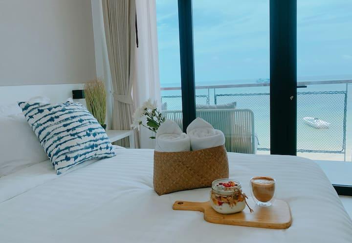 Blue Tao Beach Hotel - Sea View Superior King