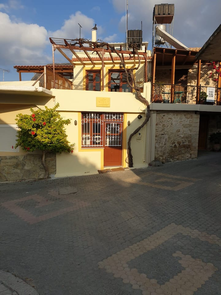 Beautiful traditional and comfortable house Crete.