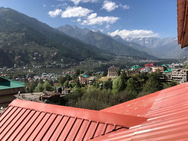 Manali Home with a View