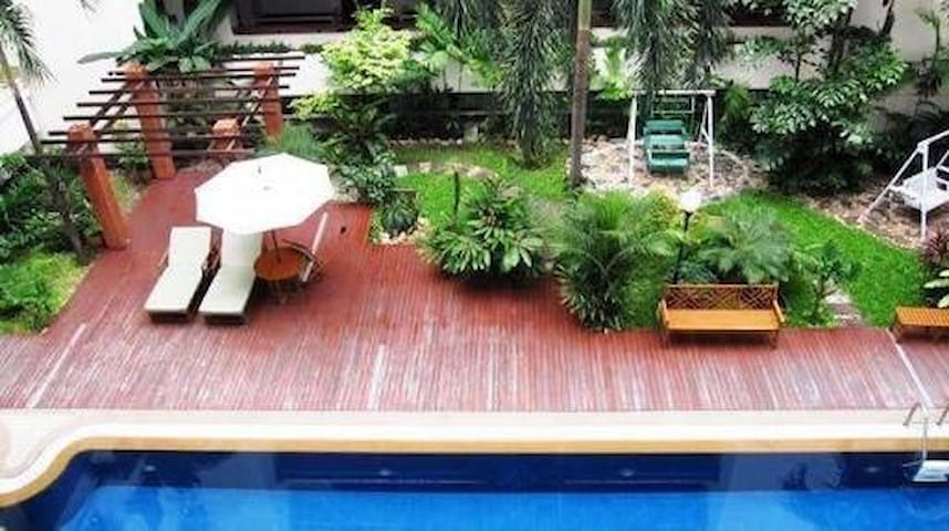 Resort style swimming pool