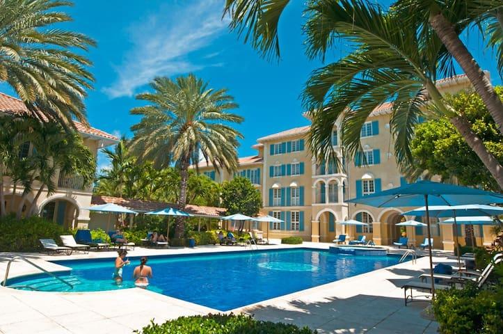 Villa Renaissance 603 1BR condo on Grace Bay Beach