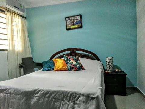 Habitación en casa apartamento con baño privado K