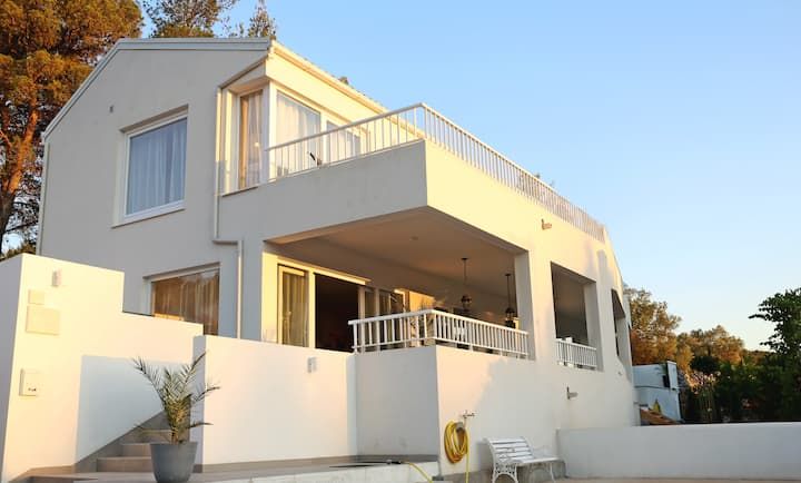 New luxury house with spectacular sea view & pool