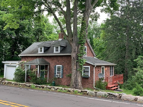 Private Cottage in New Hempstead
