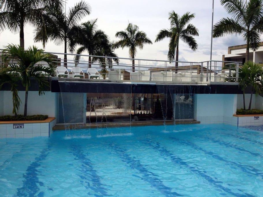 pool, looking at property piscina, mirando  a la propiedad