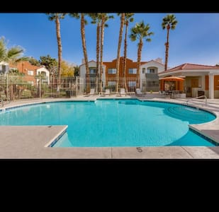 HOME AWAY FROM HOME! 5075 Spyglass Hill Dr LV, NV