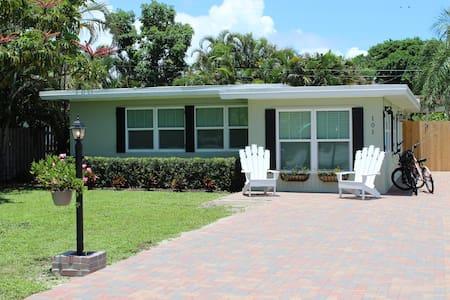 Charming Delray Beach Cottage in Historic Del Ida