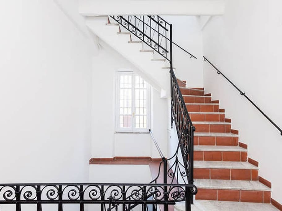 staircase (58 steps)