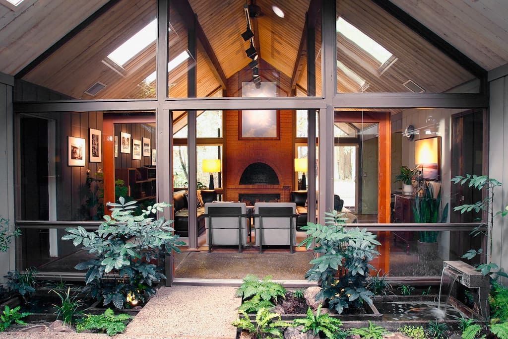 Iconic Mid Century Modern Rummer Houses For Rent In Beaverton Oregon United States