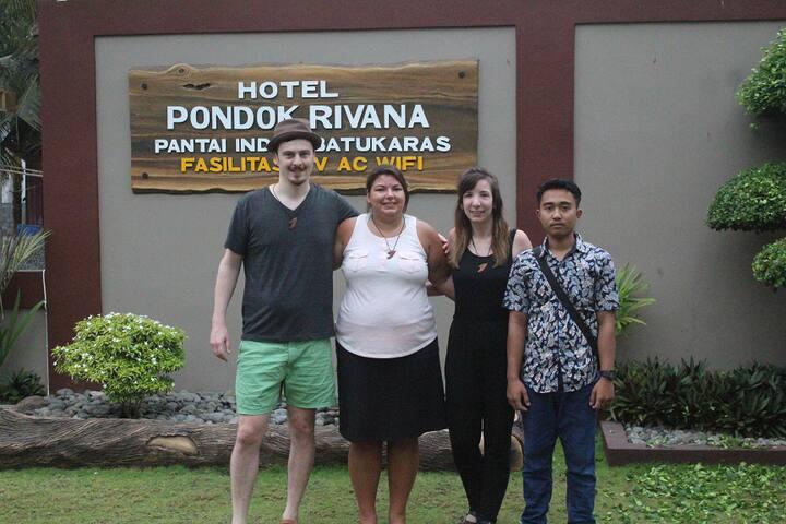Hotel Pondok Rivana Batukaras Beach