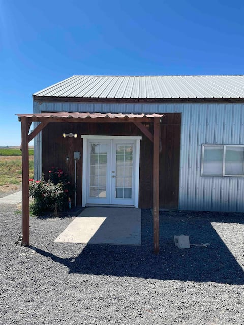 Ringold Ranch- near prime hunting and fishing