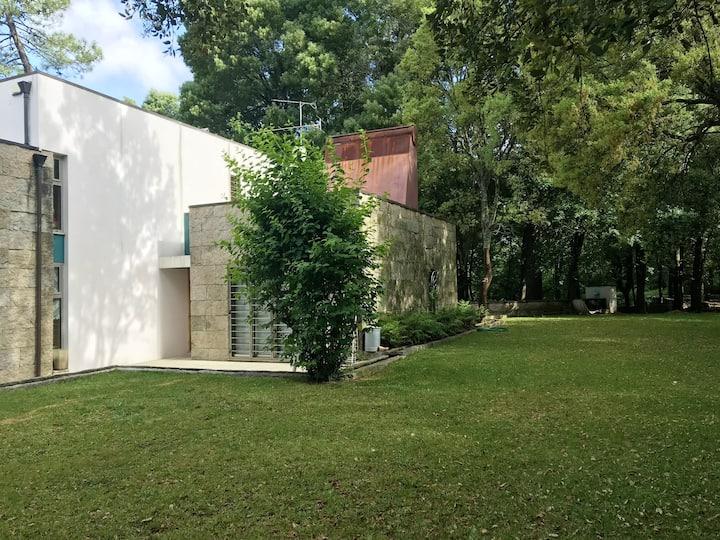 Maison de 2 chambres à Guilhabreu, avec jardin clos et WiFi - à 6 km de la plage